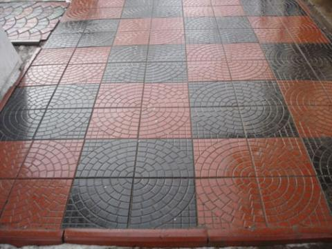 Форма для тротуарной плитки Квадрат колодец